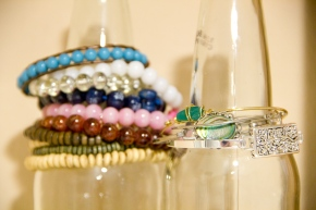 DIY Bottle Bracelet Display
