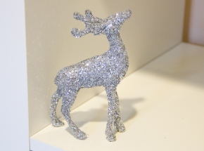 DIY Glitter Reindeer for the Holidays